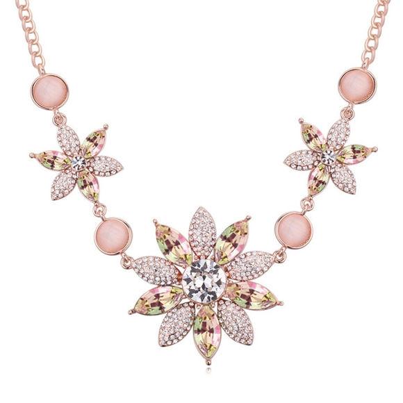 Image de Austrian Crystal Necklace - Stone Flower