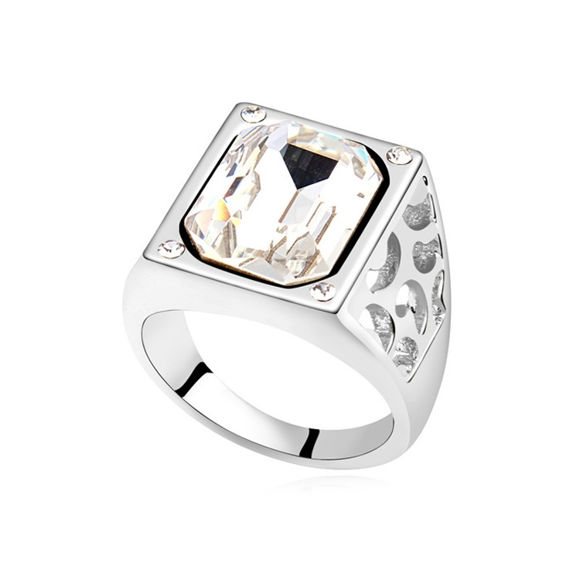 Immagine di Austrian Crystal Ring - Queen