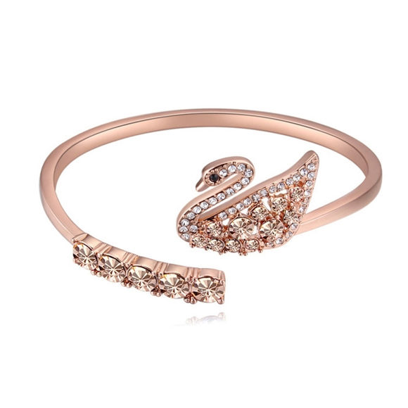 Picture of Dancing Swan Crystal Inlaid Bracelet