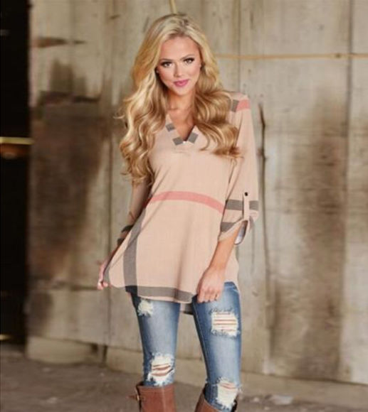 Picture of Fashion Plaid Printed V-Neck 3/4 Sleeve Top