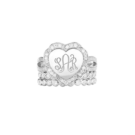 Imagen de Engraved Heart Shape Stackable Monogram Ring