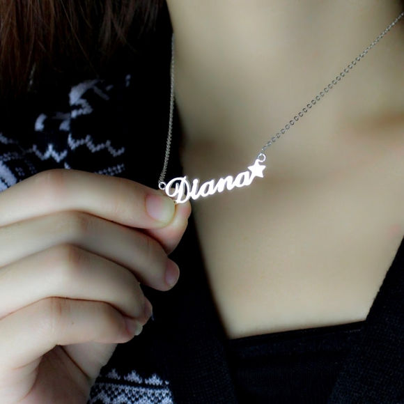 Picture of Name Necklace With Star in 925 Sterling Silver