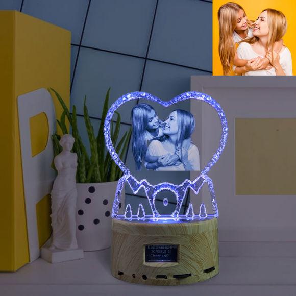 Immagine di Regalo in cristallo laser 2D per la mamma con base luminosa per carillon Bluetooth
