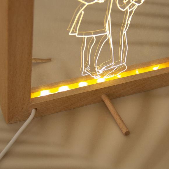 Immagine di Lampada da notte a LED con cornice per foto in legno personalizzata - Personalizza con la tua bella foto
